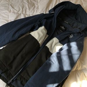 HOLLISTER all weather jacket with hood